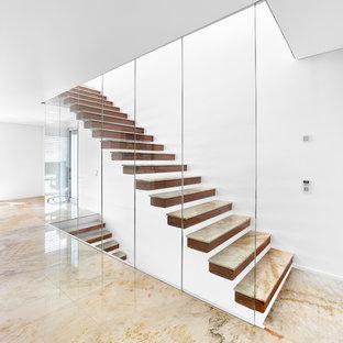 Gerade, Mittelgroße Moderne Treppe mit Holz-Setzstufen in Sonstige