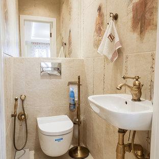 На фото: туалет в классическом стиле