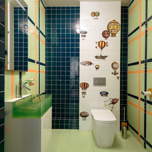 This is an example of a medium sized contemporary cloakroom in Novosibirsk.