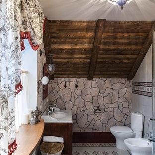 Aménagement d'un WC et toilettes montagne.