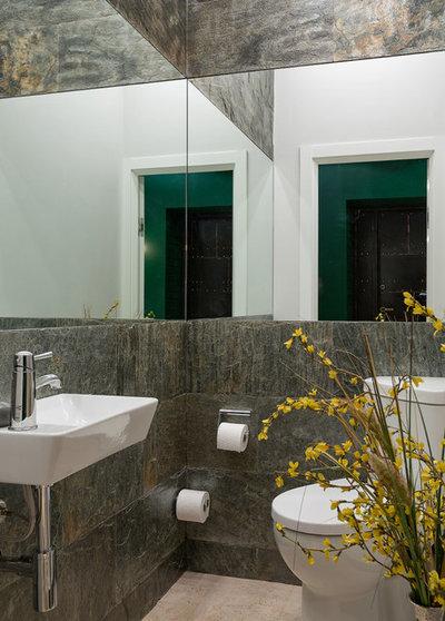 Современный Туалет by Alexey Trofimov Photography