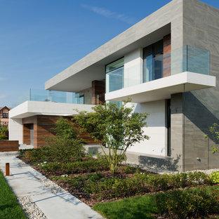 На фото: класса люкс солнечные, летние участки и сады среднего размера в современном стиле с освещенностью