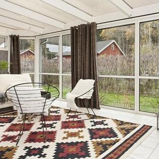 Idéer för vintage uterum, med tak och grått golv