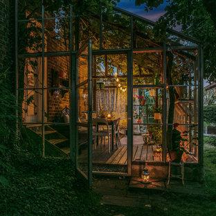 Esempio di una veranda classica