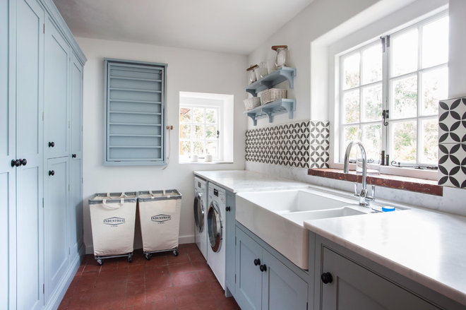 Farmhouse Laundry Room by burlanes interiors