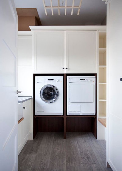 Traditional Utility Room by Garrett Dillon Crafted Kitchens & Furniture
