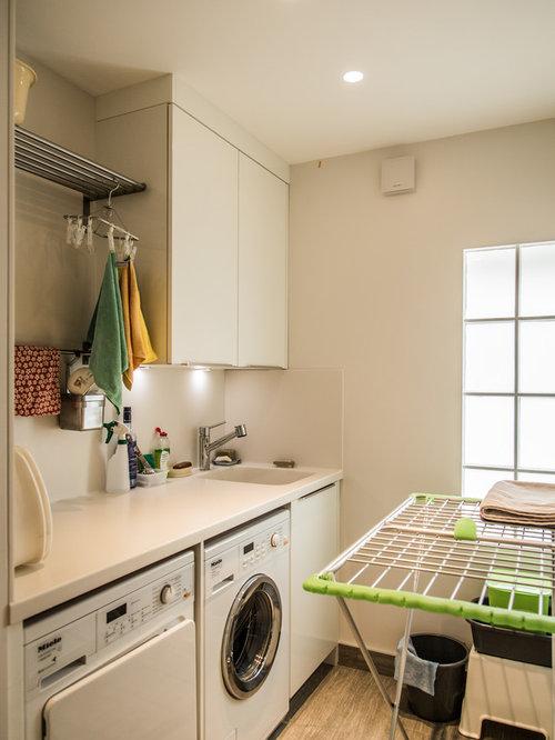 hauswirtschaftsraum mit integriertem waschbecken modern ideen f r waschk che haushaltsraum. Black Bedroom Furniture Sets. Home Design Ideas