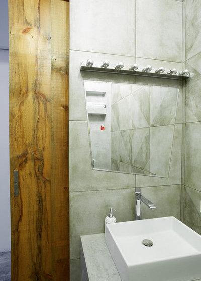 Лофт Ванная комната by Katya Korchinova