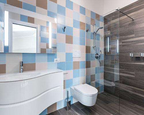 Stanza da bagno con piastrelle rosa foto idee arredamento