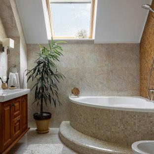 Идея дизайна: ванная комната в классическом стиле