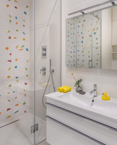 Contemporary Bathroom by «Точка дизайна»