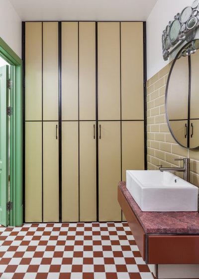 Классический Ванная комната by Black Owl