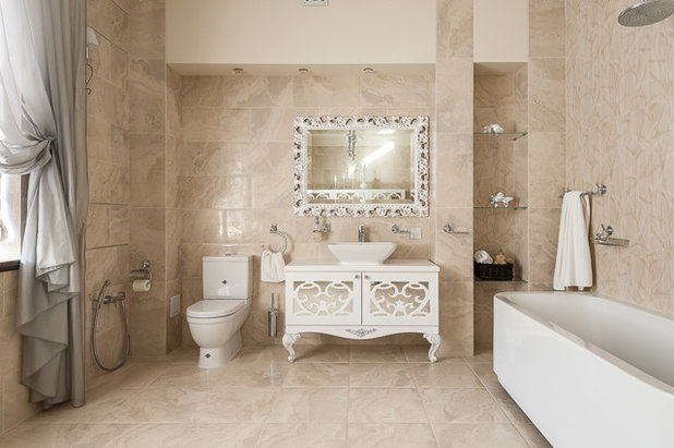 Traditional Bathroom by Кутепова Марина
