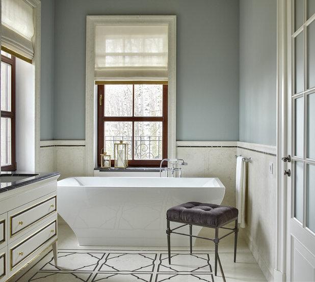 Классический Ванная комната by Desatori
