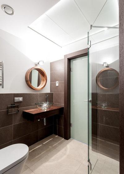 Современный Ванная комната by de.studio