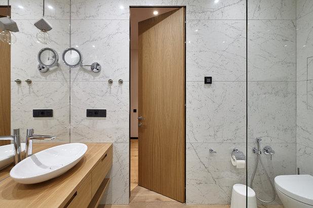 Современный Ванная комната by СВОЁ / Двери / Мебель / Интерьер