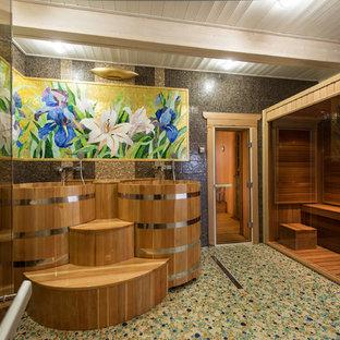 Idee per una sauna etnica con piastrelle a mosaico, pavimento con piastrelle a mosaico, piastrelle marroni, vasca freestanding, doccia alcova e pareti marroni