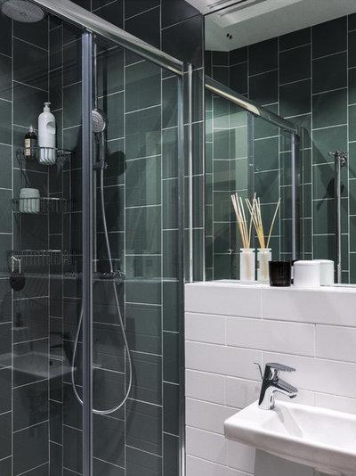 Современный Ванная комната by MO interior design
