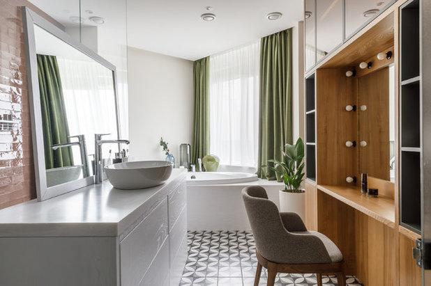 Современный Ванная комната by Архитектурная студия Chado