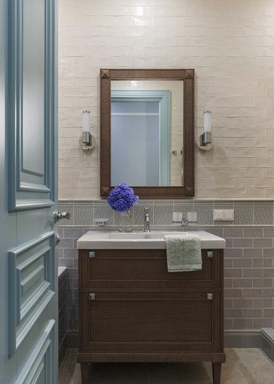 Современная классика Ванная комната by StudioMR