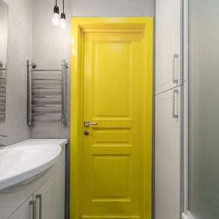 Foto di una stanza da bagno scandinava