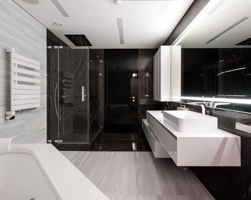 badezimmer mit whirlpool und schwarzen fliesen design ideen beispiele f r die badgestaltung. Black Bedroom Furniture Sets. Home Design Ideas