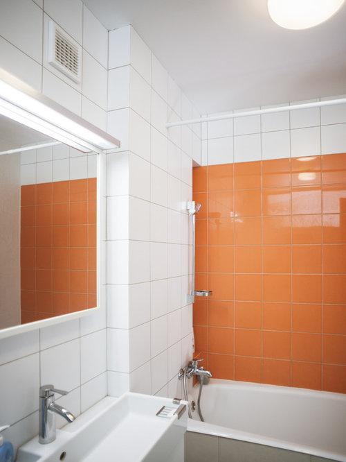 Bagno scandinavo con piastrelle arancioni foto idee for Piastrelle bianche pavimento