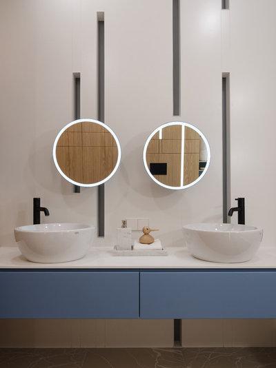 Современный Ванная комната by Архитектурная студия MOPS