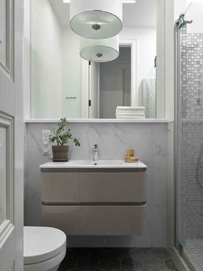 Contemporary Bathroom by Дизайнер-декоратор Катя Грачёва