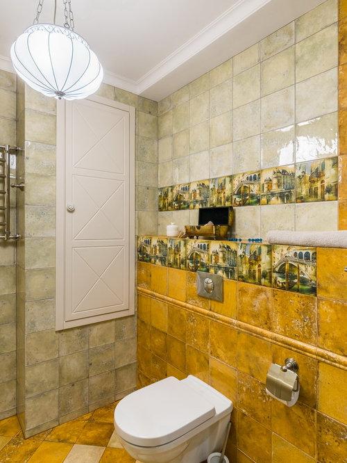 Salle de bain romantique avec un carrelage jaune photos for Carrelage jaune