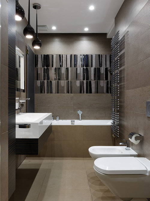 salle de bain avec un bidet et un mur marron photos et. Black Bedroom Furniture Sets. Home Design Ideas