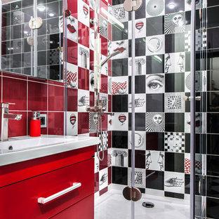 Diseño de cuarto de baño infantil, actual, pequeño, con puertas de armario rojas, ducha esquinera, baldosas y/o azulejos blancas y negros, baldosas y/o azulejos blancos, baldosas y/o azulejos rojos, baldosas y/o azulejos de cerámica, suelo de baldosas de cerámica, encimera de cuarzo compacto, armarios con paneles lisos, paredes multicolor, lavabo tipo consola y ducha con puerta con bisagras