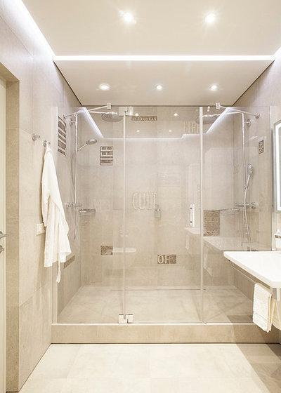 コンテンポラリー 浴室 by Ariana Ahmad Interior Design
