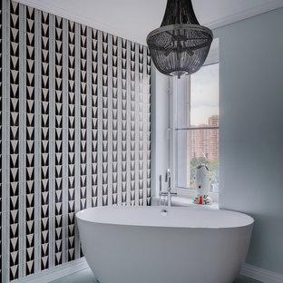 Стильный дизайн: ванная комната в стиле ретро с отдельно стоящей ванной - последний тренд