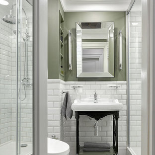 Idee per una piccola stanza da bagno con doccia classica con nessun'anta, doccia alcova, piastrelle bianche, piastrelle diamantate, pareti verdi, lavabo a consolle, pavimento verde e porta doccia scorrevole