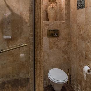 Удачное сочетание для дизайна помещения: ванная комната в средиземноморском стиле с душем в нише, инсталляцией, коричневой плиткой и душевой кабиной - самое интересное для вас
