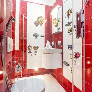 Ejemplo de cuarto de baño infantil, contemporáneo, pequeño, con lavabo suspendido, sanitario de pared, baldosas y/o azulejos rojos y paredes rojas