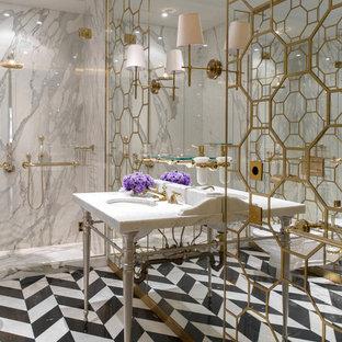Стильный дизайн: ванная комната в стиле современная классика с серой плиткой, душевой кабиной, консольной раковиной и разноцветным полом - последний тренд