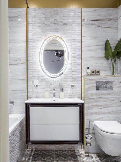 Contemporary Bathroom by Ирина Виноградова