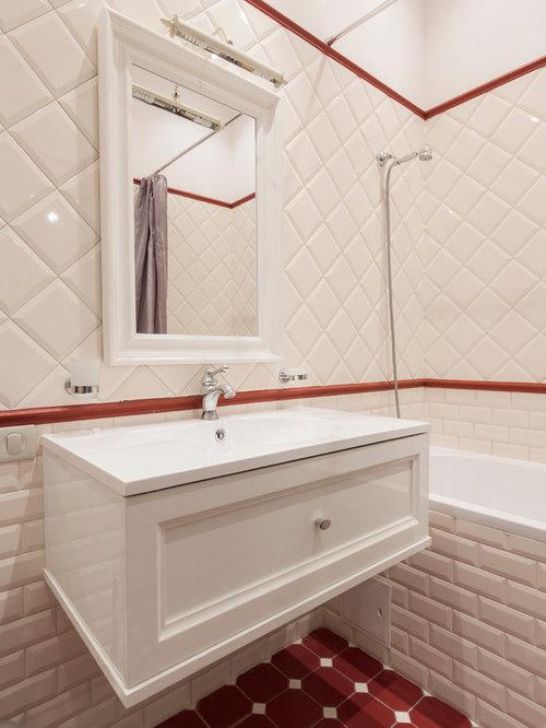 badezimmer mit roten fliesen und weißen wänden ideen & beispiele, Hause ideen
