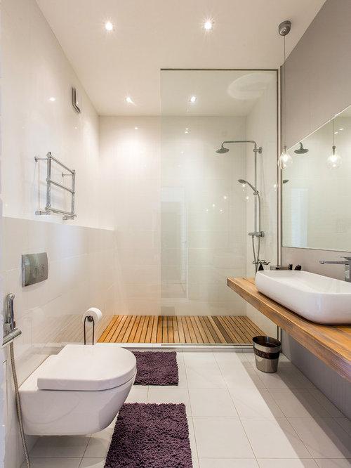 Mid sized 3 4 bathroom design ideas remodels photos for Mid size bathroom ideas