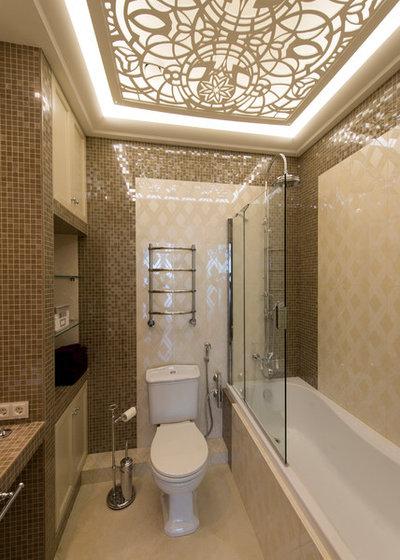Transitional Bathroom by Тихонова Светлана & Дмитрий Дембовский
