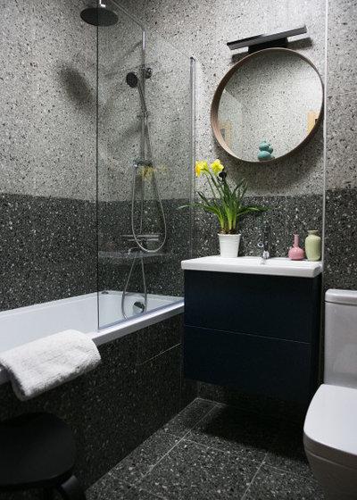 Скандинавский Ванная комната by Zarkua Anastasia