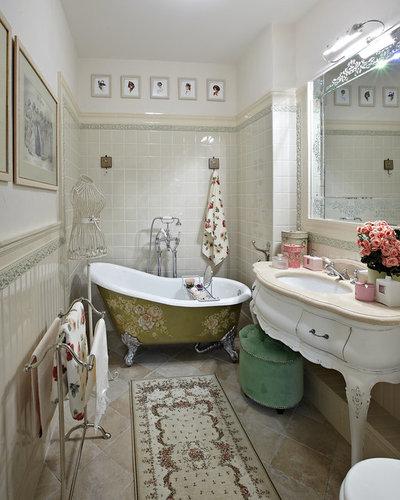 Классический Ванная комната by Архитектурное бюро Татьяны Мироновой