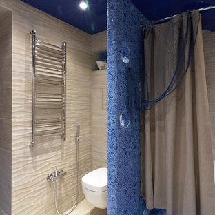 Salle de bain bord de mer avec un bain bouillonnant : Photos et ...