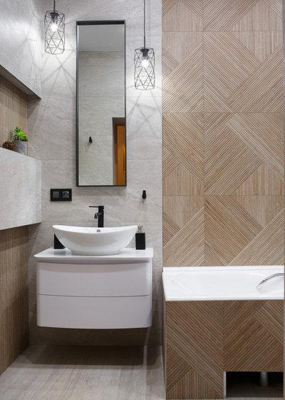 Contemporary Bathroom by Дизайн-бюро Оксаны Мокриенко
