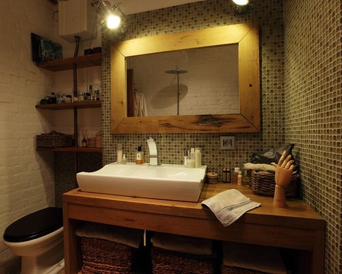 Industrial bathroom design ideas renovations photos for Bathroom decor green walls