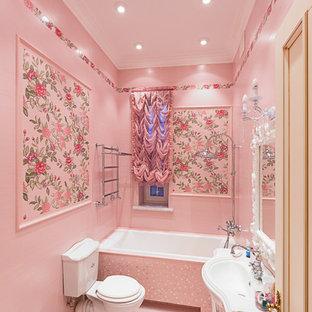 Пример оригинального дизайна: ванная комната в классическом стиле