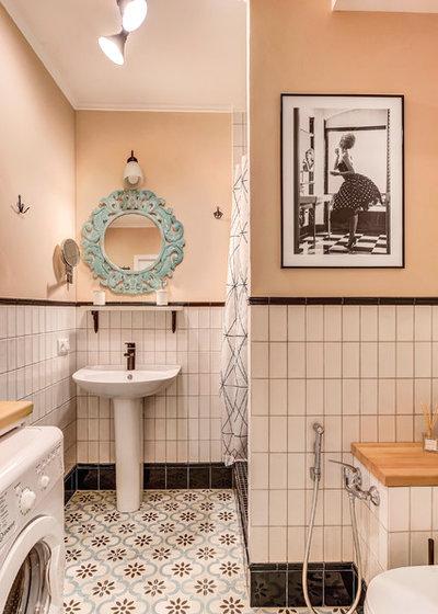Contemporary Bathroom by Алла Сеничева