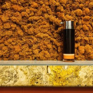 Идея дизайна: ванная комната среднего размера в стиле лофт с инсталляцией, оранжевой плиткой, стеклянной плиткой, полом из керамогранита, душевой кабиной, настольной раковиной, черным полом, открытым душем, плоскими фасадами, желтыми фасадами, душевой комнатой и разноцветными стенами